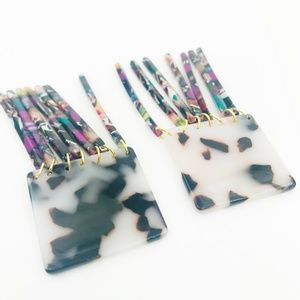 CLOSET REHAB Jewelry - Square Earrings in B/W Tortoise with Multi Fringe